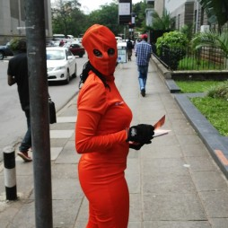 Super-Heroine to the rescue